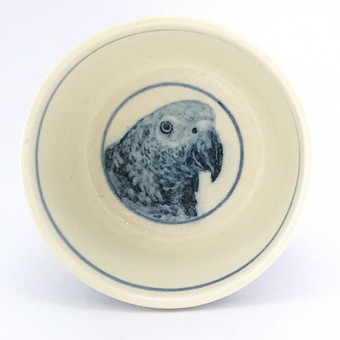 ヨウム染付小鉢
