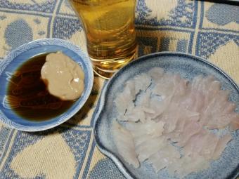 カワハギ刺身、肝醤油